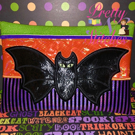 Vampire Bat Horizontal Zipper Bag Embroidery Design 4X5.5, 5X7, 5.75X8, 6X8.5, 7X10, and 7.8X11.5 includes lined and non lined